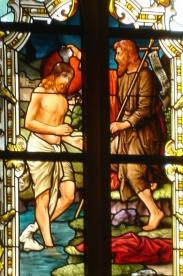 Taufe Jesu, Kirchenfenster der Ev. Laurentiuskirche